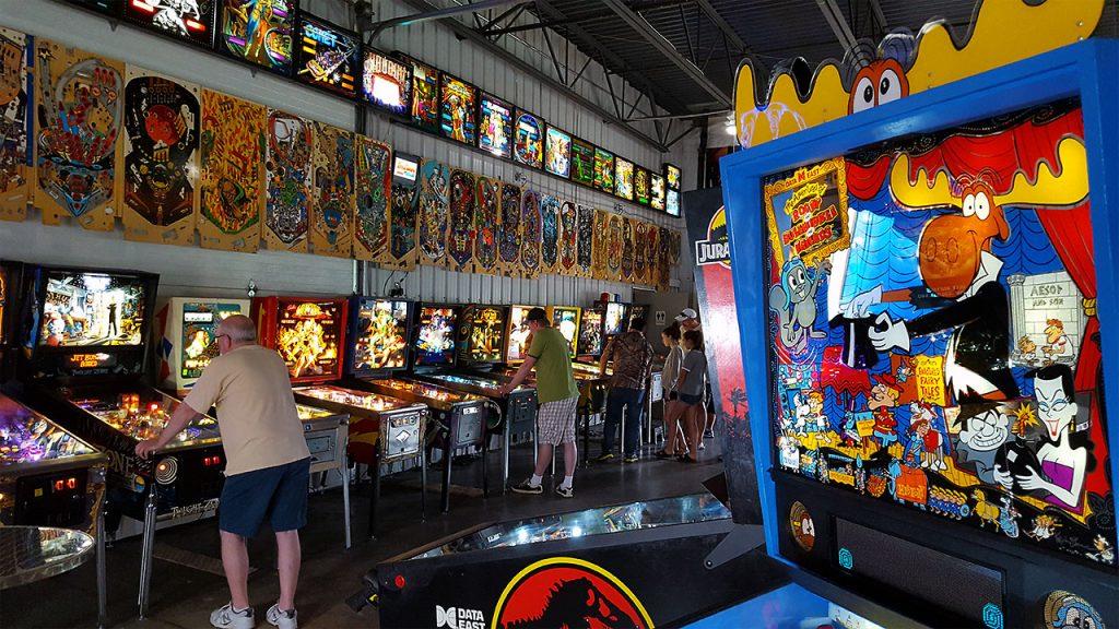 titletown-pinball-rocky-and-bullwinkle