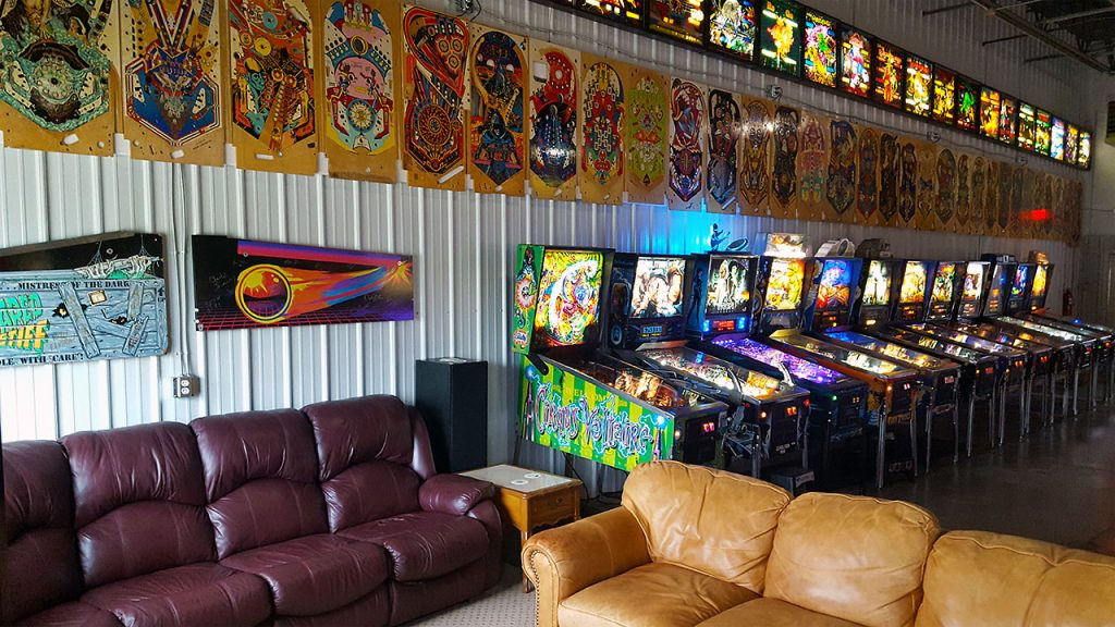 titletown-pinball-seating