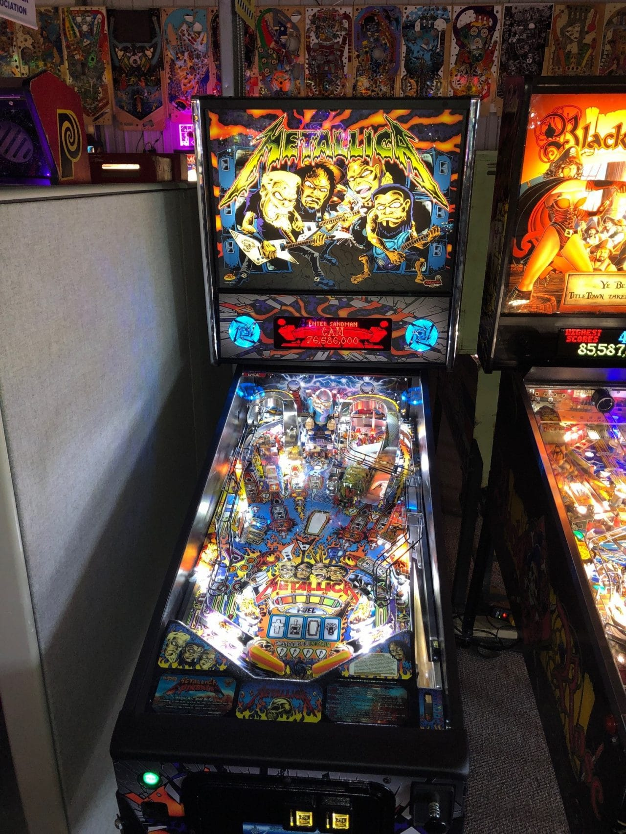 Metallica Pinball Machine in Green Bay, WI