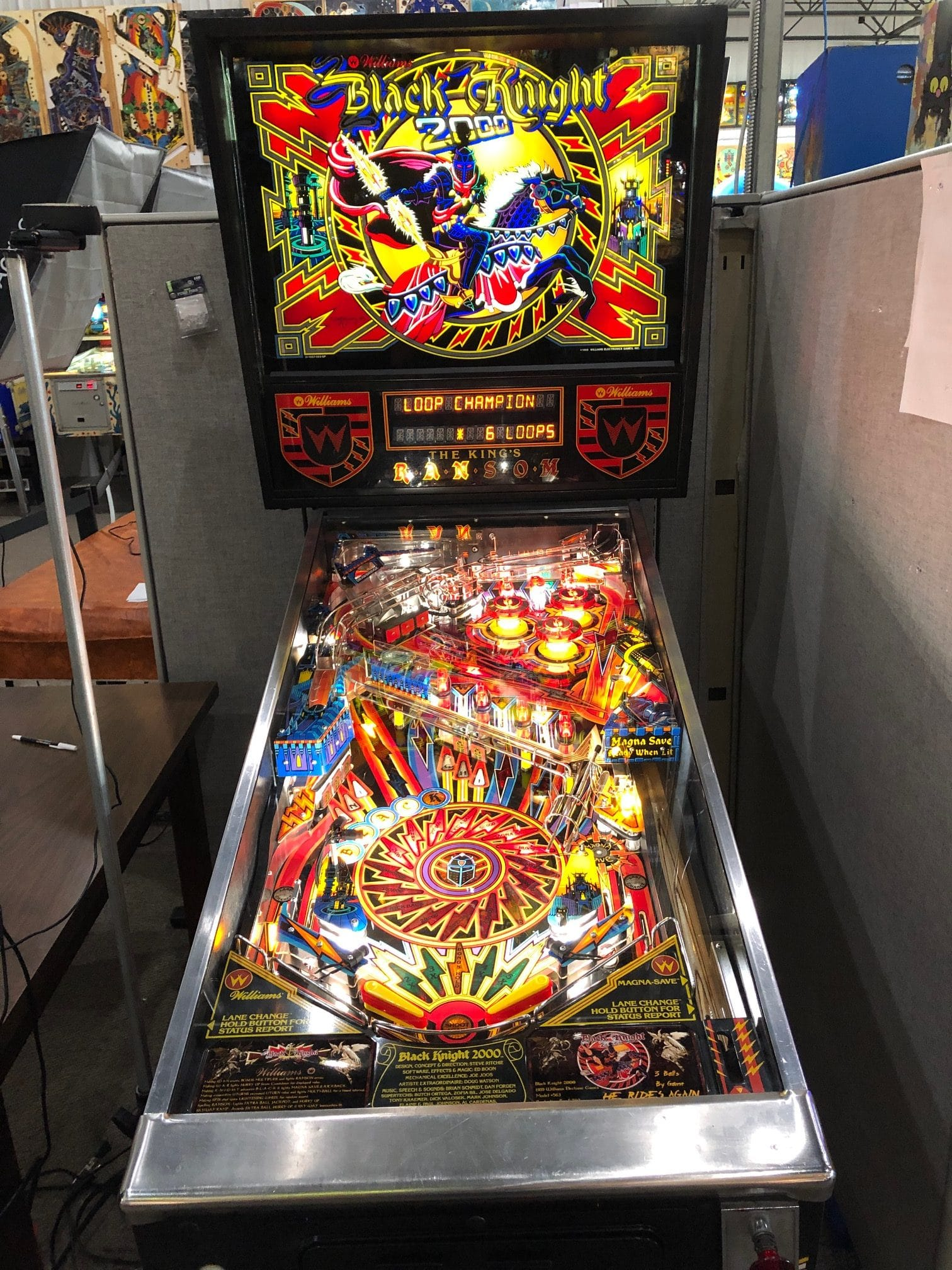 Black Knight 2000 Pinball Machine in Green Bay, WI BK2K.