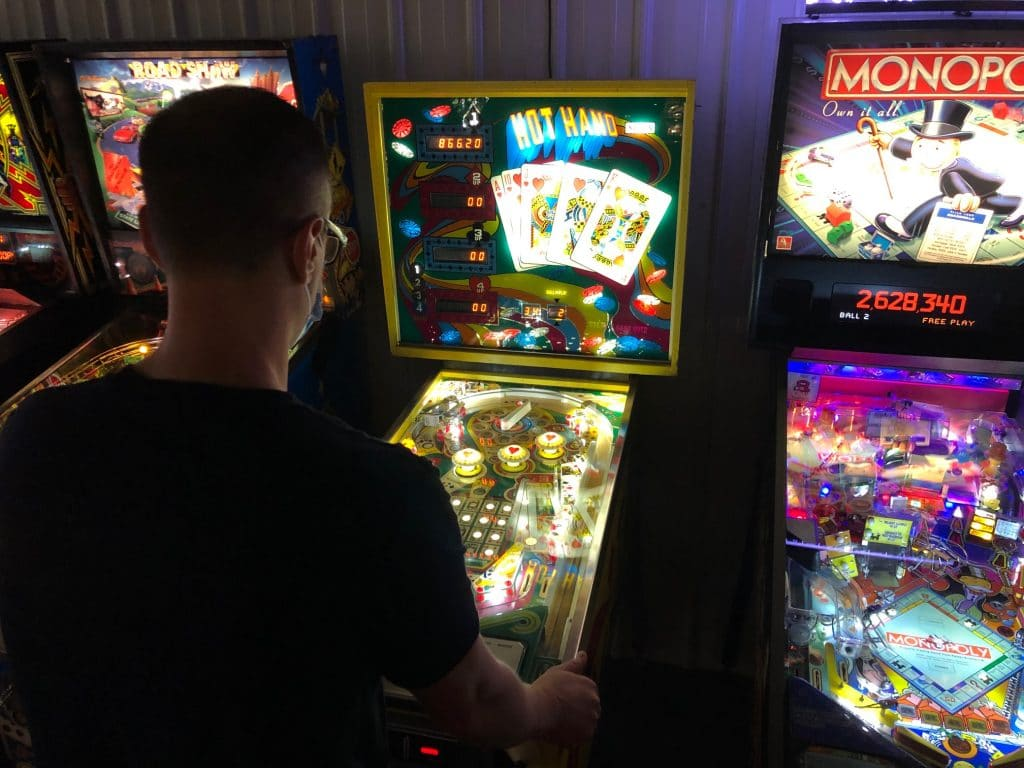Green Bay Pinball League Hot Hand Picture